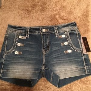 NWT Miss me mid rise short buttons 28 cute shorts